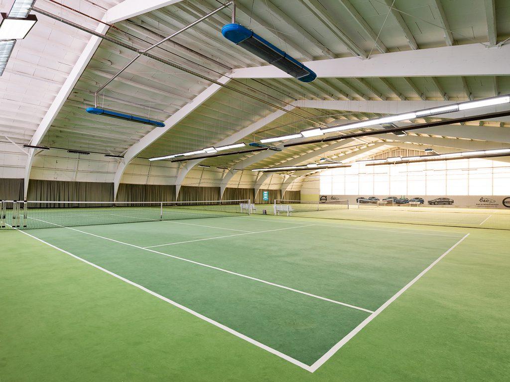 Tennis Doppel - Seitenlinien beachten