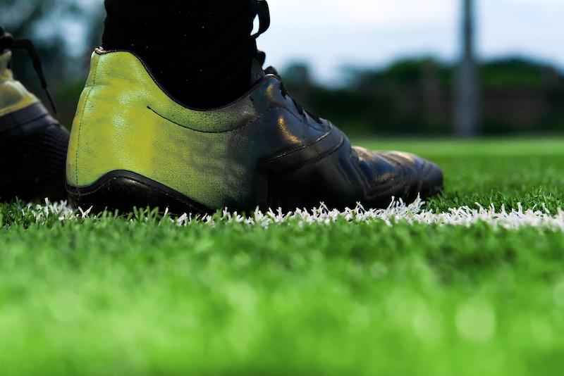 Fußballausrüstung - Fußballschuhe