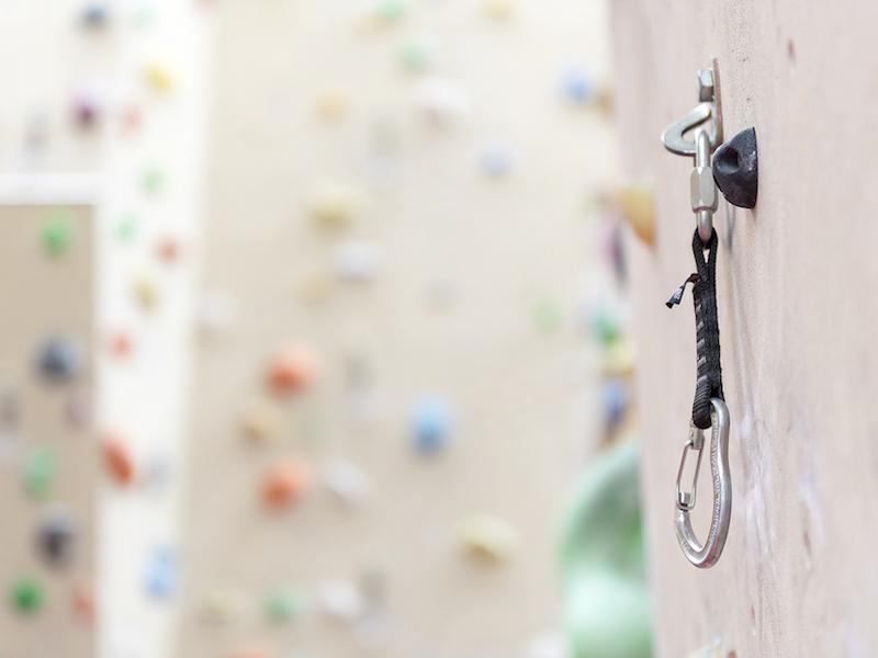 Kletterausrüstung was braucht man - verschlusskarabiner
